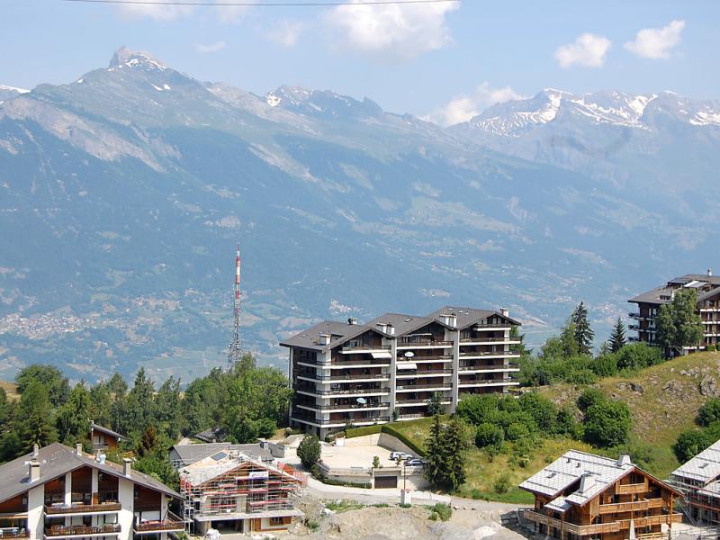 Terrasses du soleil 9a 1432764,Cuarto de hotel en Nendaz, Valais, Suiza  con piscina privada para 2 personas...