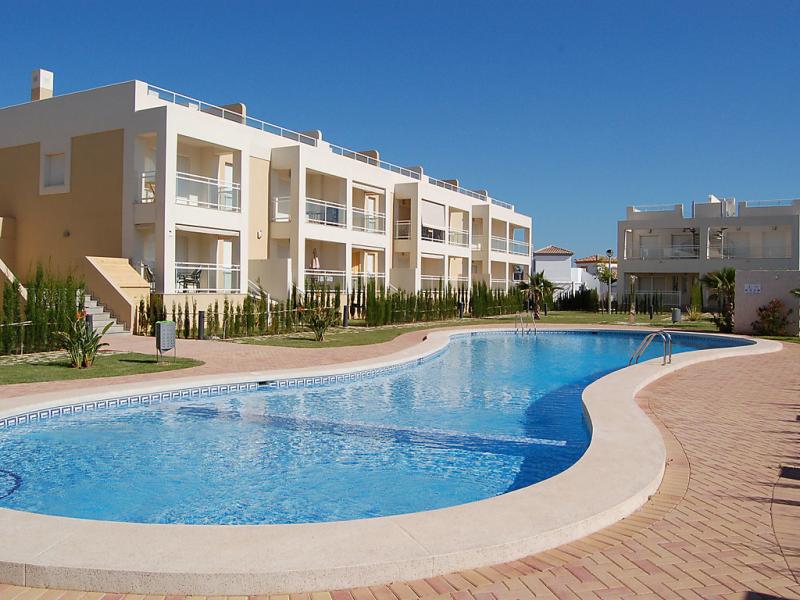 Residencia agata 1435340,Cuarto de hotel  con piscina privada en Dénia, Alicante, España para 4 personas...
