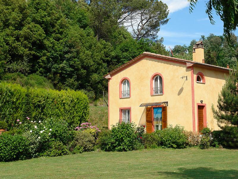 Il cipresso 1436885,Casa rural en Montopoli in Valdarno, Rome, Italia  con piscina privada para 8 personas...
