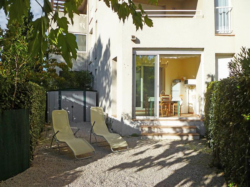 Les jardins de la plage 1441671,Cuarto de hotel en La Ciotat, en la Cote d'Azur, Francia para 3 personas...