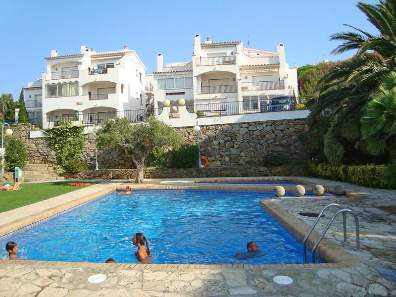 Els jardins iii 1451728,Chambre d'hôtel à Roses, sur la Costa Brava, Espagne  avec piscine privée pour 4 personnes...