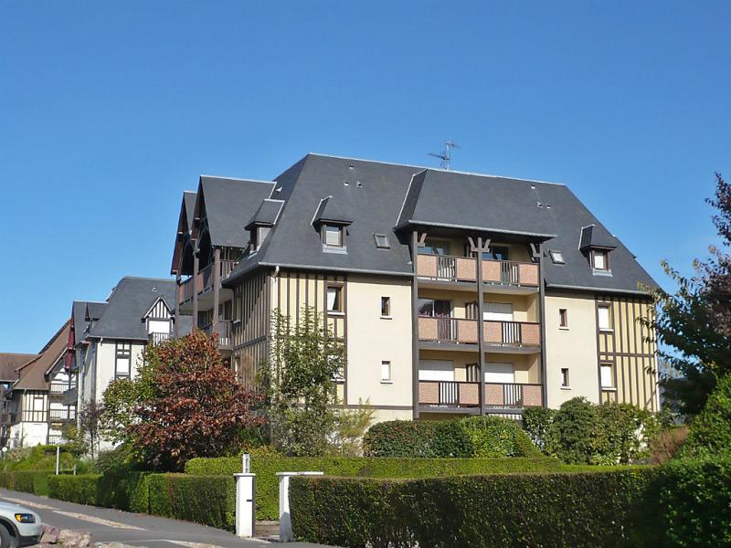 Le clos mathilde 1457234,Cuarto de hotel en Cabourg, Normandy, Francia para 4 personas...