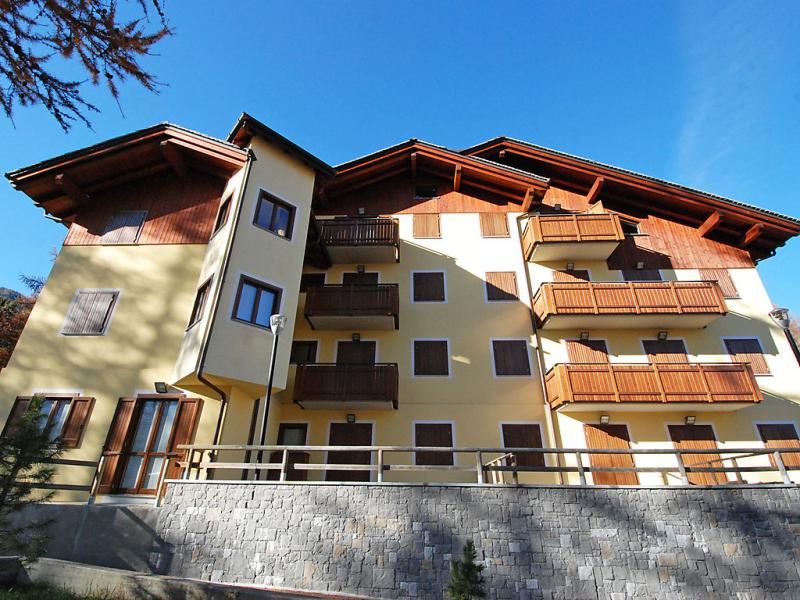 Stelvio 1460121,Cuarto de hotel en Bormio, Lombardia, Italia para 4 personas...