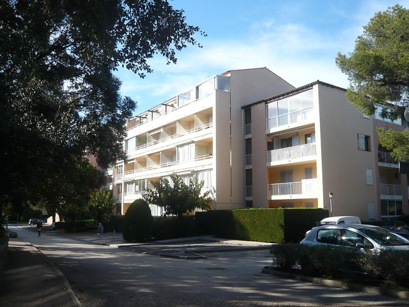 Le verdon 1463477,Cuarto de hotel en Six-Fours-la-Coudoulière, Côte d'Azur, Francia  con piscina privada para 4 personas...