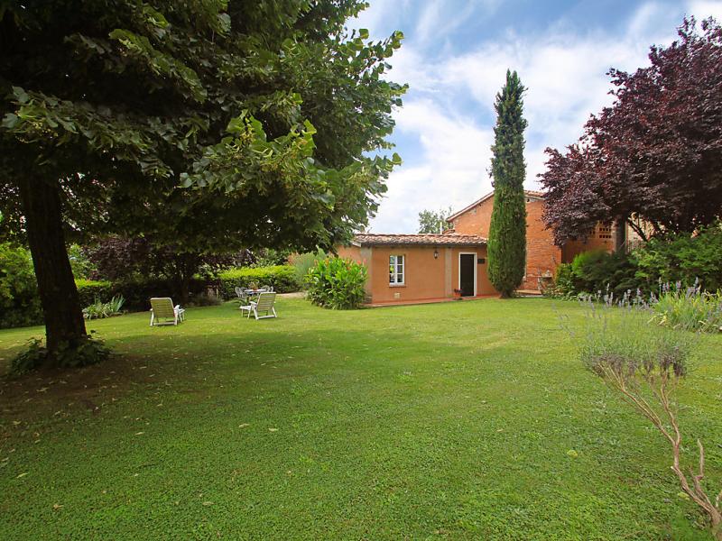 Il fienile del colle 1465088,Casa rural en Pescia, en Toscana, Italia para 5 personas...