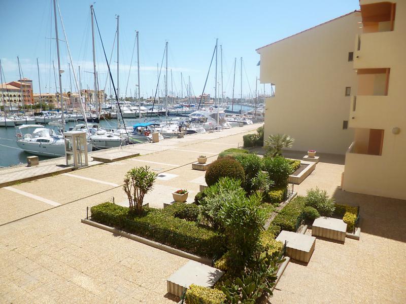 Les terrasses de la mditerrane 1 1466297,Cuarto de hotel en Port Leucate, Central Pyrenees, Francia para 4 personas...