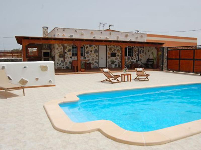 Alquiler de 21 casas de vacaciones en fuerteventura for Villas con piscina privada en fuerteventura