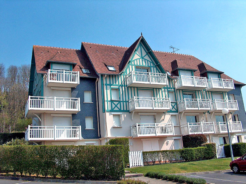 Le cap bleu 1469237,Cuarto de hotel en Deauville, Calvados, Francia para 4 personas...