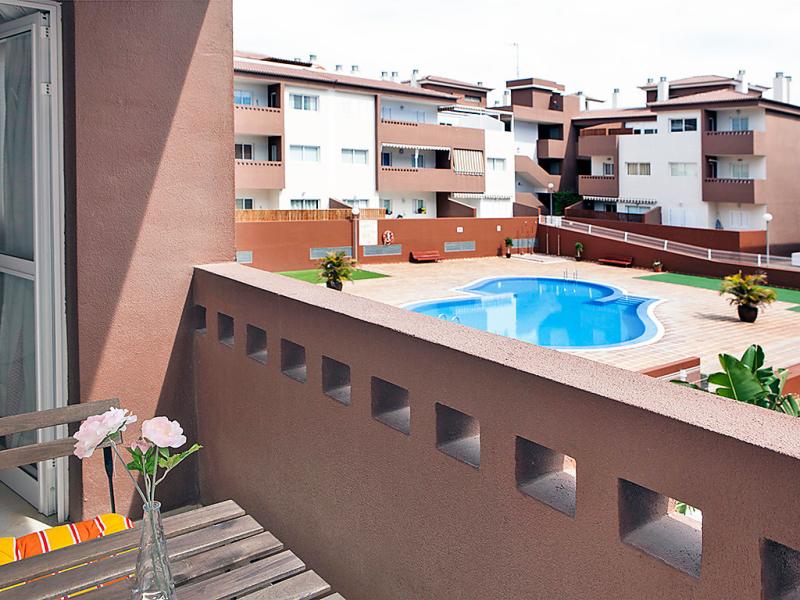 Lanzarote 1482229,Cuarto de hotel  con piscina privada en Tenerife-Güimar, Tenerife, España para 3 personas...