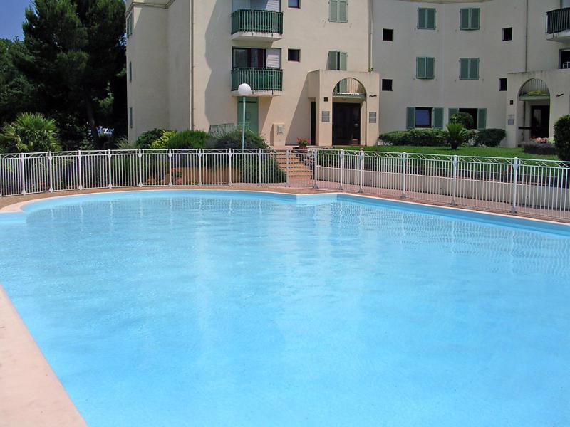 Ste croix le parc 1483685,Cuarto de hotel en Fréjus, en la Provenza, Francia para 2 personas...