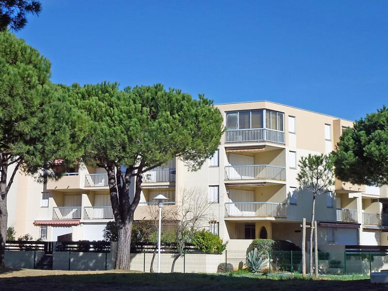Los amigos 1484654,Cuarto de hotel en Le Grau-Du-Roi, Languedoc-Roussillon, Francia para 4 personas...