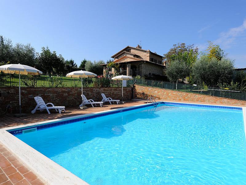 Noce 1484969,Загородный дом   с частным бассейном на 4 человекa в Castiglione del Lago, Umbria, в Италии...