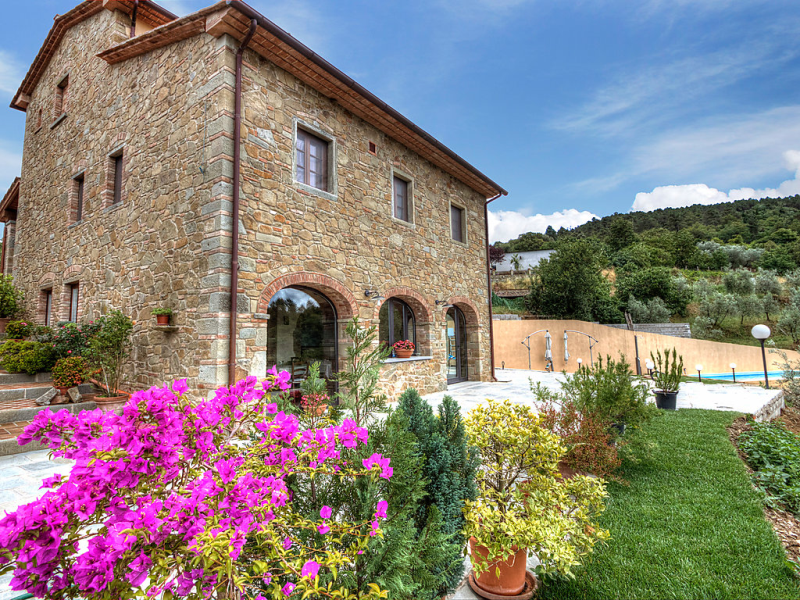 Il borgo di gebbia 1489609,Casa rural en Civitella in Val di Chiana, en Toscana, Italia para 10 personas...
