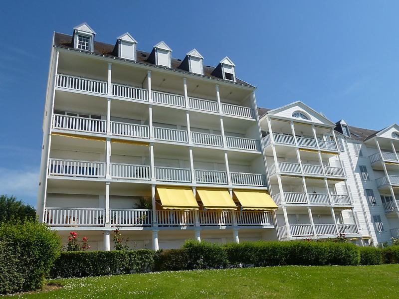 Le parc cordier 1489965,Cuarto de hotel en Deauville, Calvados, Francia para 4 personas...