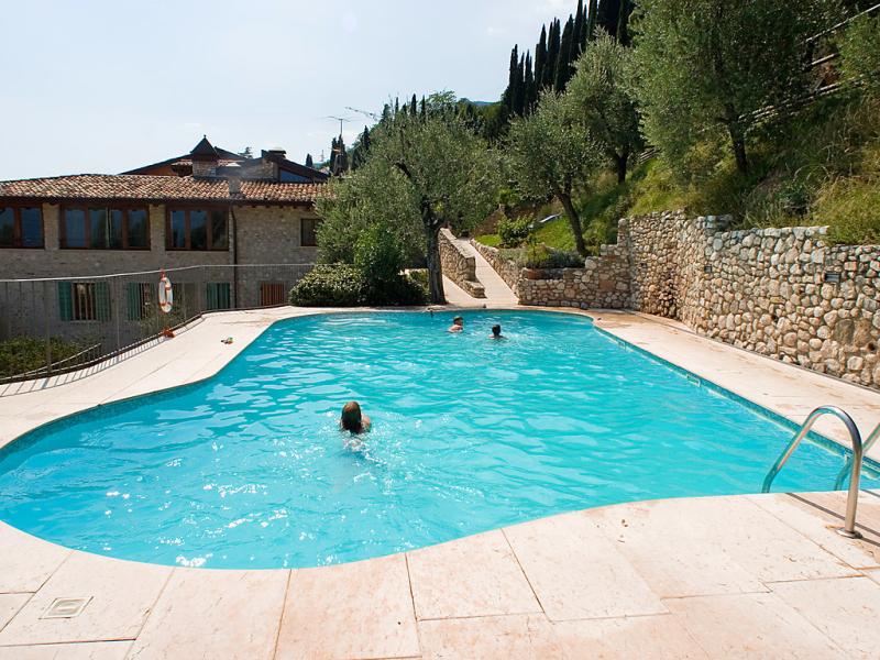 Borgo 1492575,Cuarto de hotel en Toscolano, Lago di Garda, Italia  con piscina privada para 4 personas...