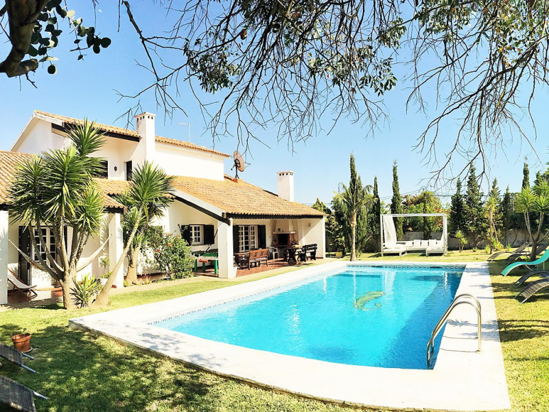 Villa brasil caparica lisboa 1493089,Casa rural  con piscina privada en Charneca de Caparica, Lisbon and Tejo Valley, Portugal para 10 personas...