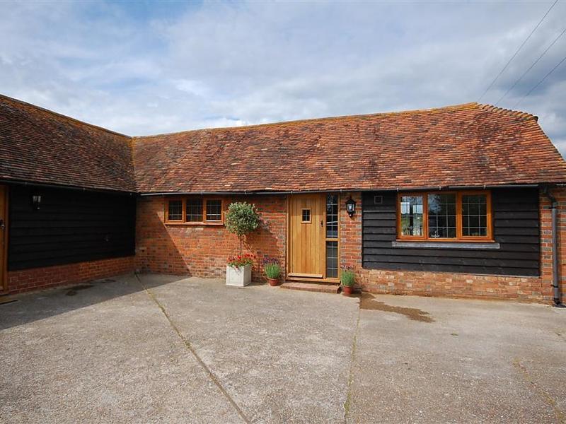 Brook farm barn 1493180,Villa en Tenterden, South-East, Reino Unido  con piscina privada para 2 personas...