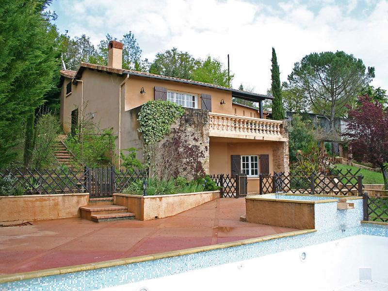 Fromental 1493184,Apartamento  con piscina privada en Bagnac-sur-Célé, Lot-et-Garonne, Francia para 9 personas...