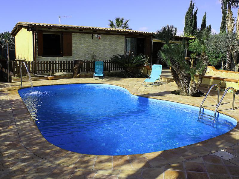 Albert 1493191,Casa rural  con piscina privada en Agrigento, Sicily, Italia para 6 personas...
