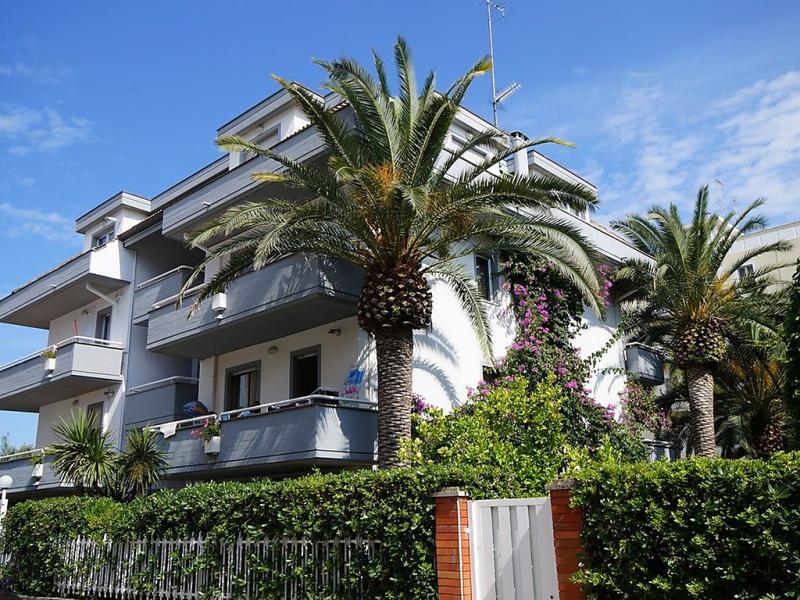 Cala luna 1493313,Apartamento en San Benedetto del Tronto, Le Marche, Italia para 4 personas...