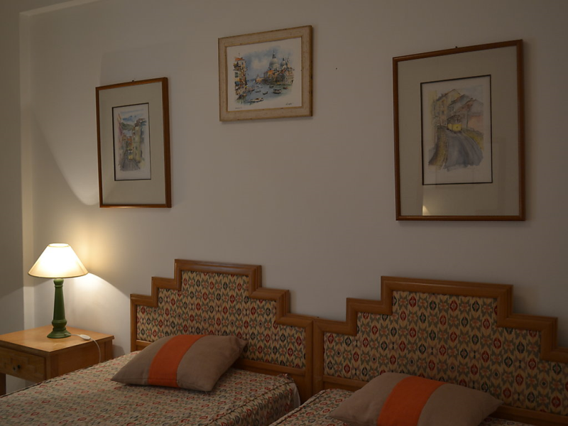 T2 atlntida 01 1493983, Apartment in Quarteira, on the Algarve, Portugal for 6 persons...