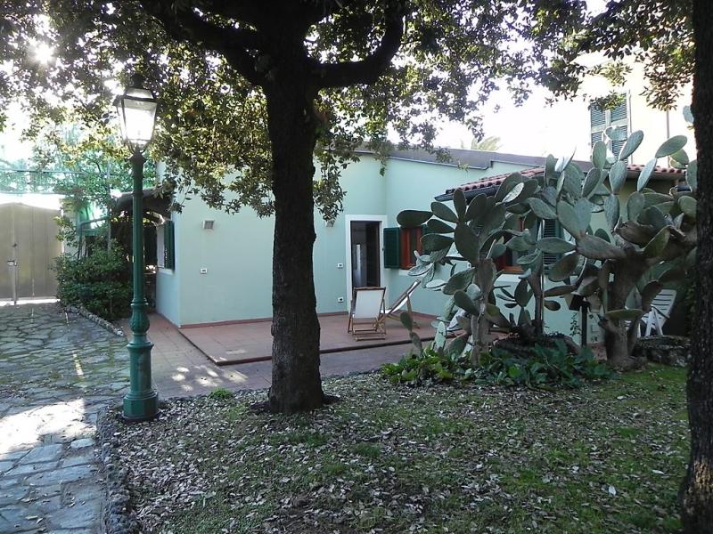 Villa nicodemi basement 1494245,Casa rural en Marina Di Massa, Tuscany, Italia para 2 personas...