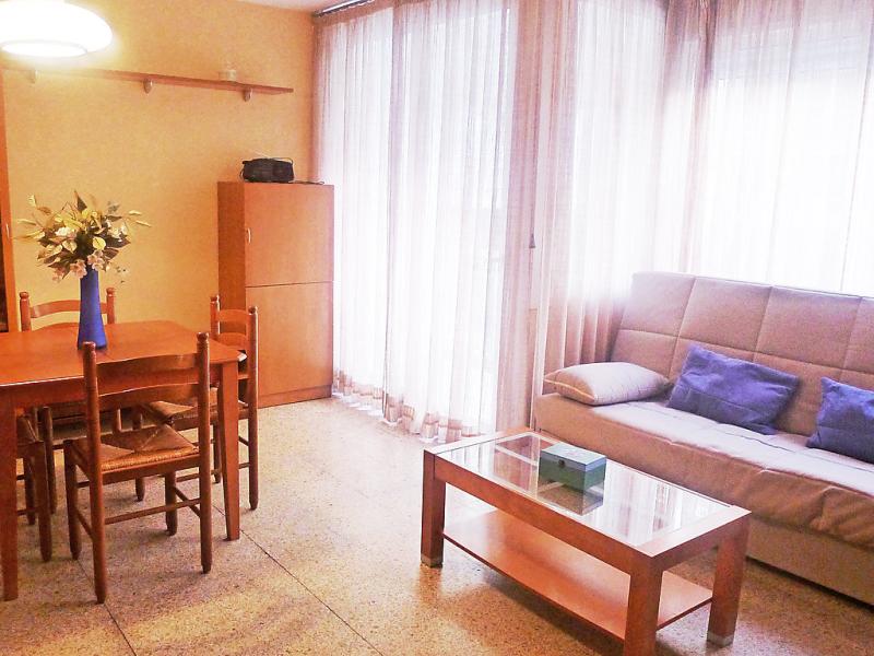 Gaudi 1494332,Hotelkamer in Roses, aan de Costa Brava, Spanje voor 5 personen...