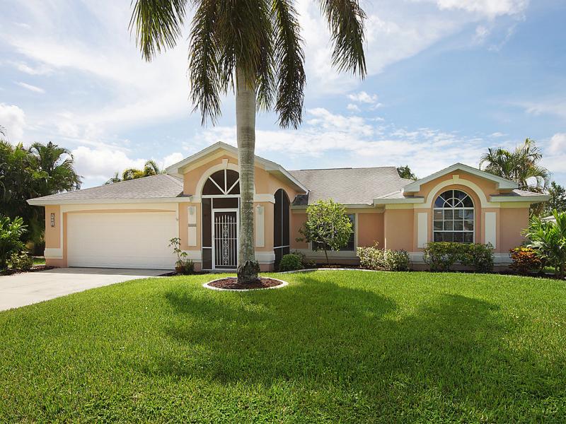 Villa rose garden 1494672,Casa rural  con piscina privada en Cape Coral, Florida, Estados Unidos para 6 personas...