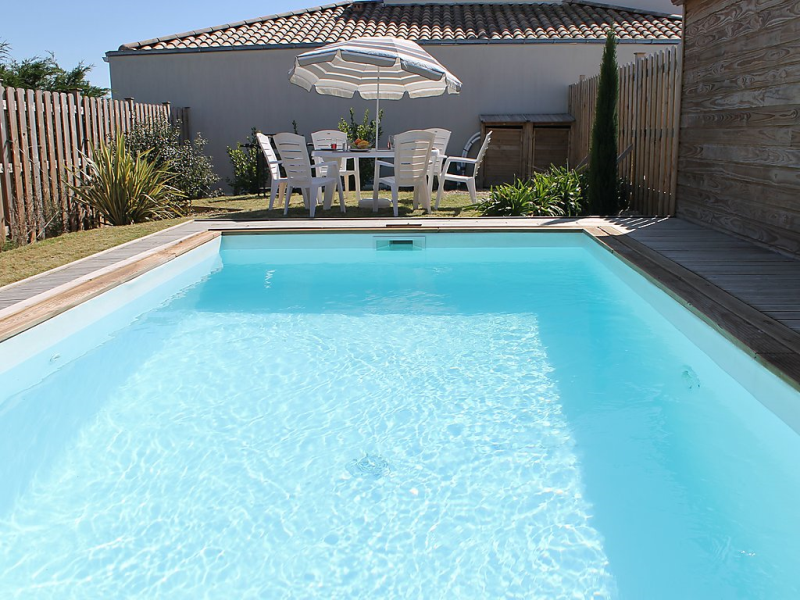 Villa cardamine 1495182,Casa rural en Talmont-Saint-Hilaire, Loire, Francia  con piscina privada para 6 personas...