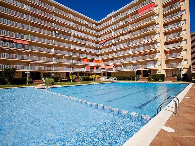 1495195,Apartamento en Malgrat de Mar, Catalunya, España  con piscina privada para 4 personas...