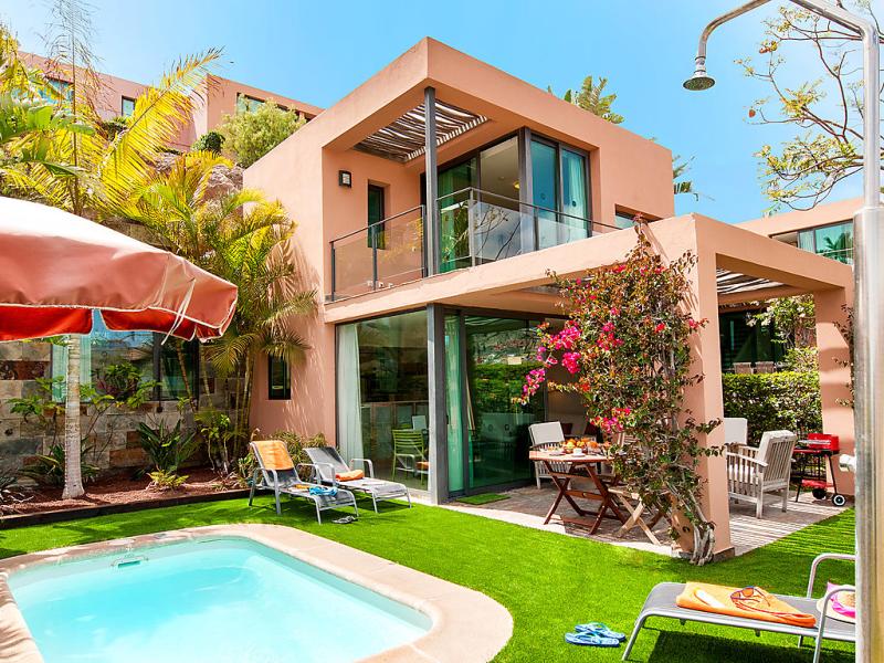 Villa los lagos 12 1495202,Casa rural en Maspalomas, Gran Canaria, España  con piscina privada para 4 personas...