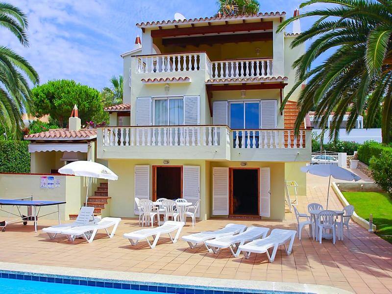 Villa varadero 1495800,Casa rural en Son Bou, Minorca, España  con piscina privada para 9 personas...