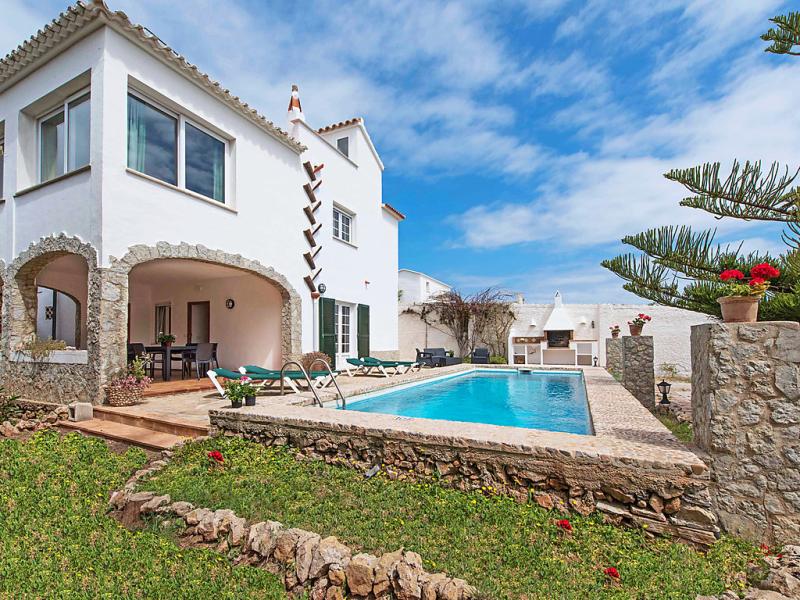 Carmen 1496495,Villa en Arenal d'en Castell, Minorca, España  con piscina privada para 10 personas...
