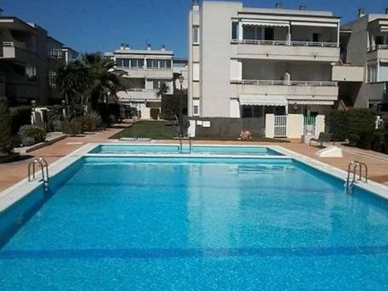 Cala montero 1496683,Apartamento  con piscina privada en Vinarós, Castellón, España para 4 personas...