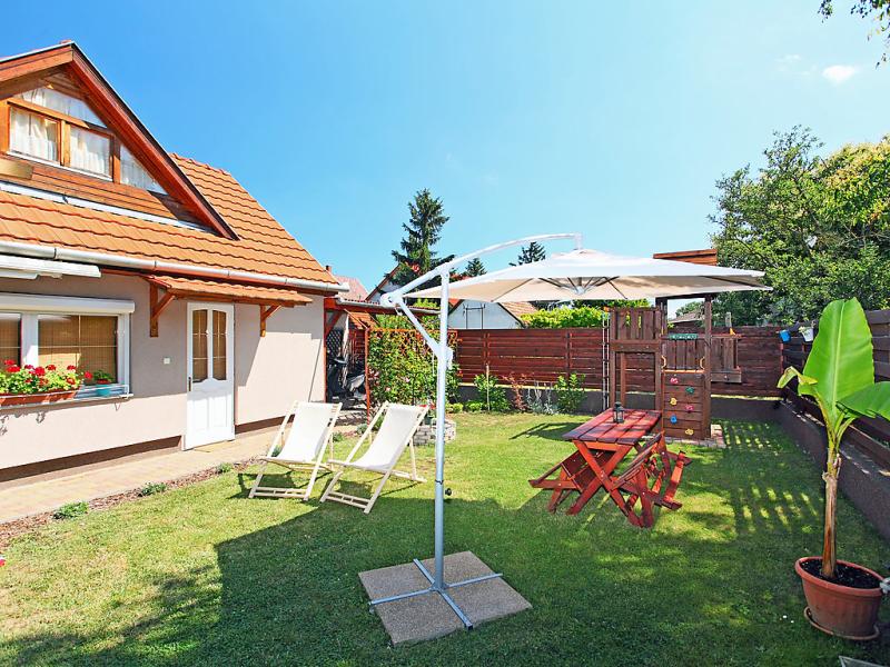 1497651,Villa en Balatonboglar-Szemes, Balaton Somogy, Hungría para 2 personas...
