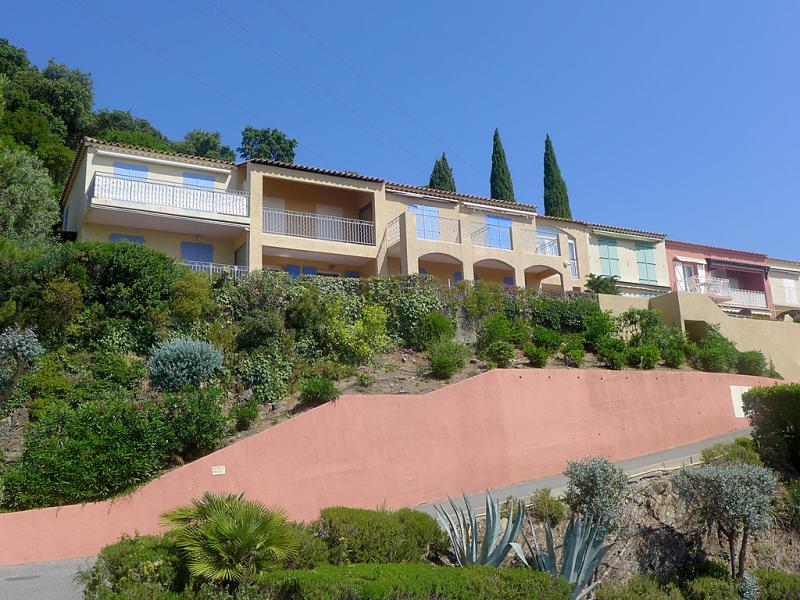 Les sauvagires ii 1497700,Cuarto de hotel en Cavalaire-sur-Mer, Provence-Alpes-Côte d'Azur, Francia  con piscina privada para 4 personas...