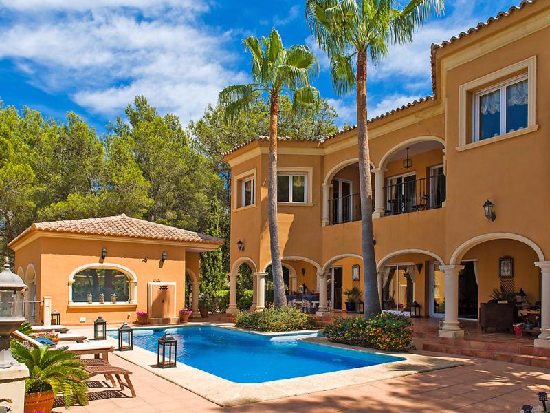 Hiedra 1499120,Casa rural  con piscina privada en Jávea, en la Costa Blanca, España para 10 personas...