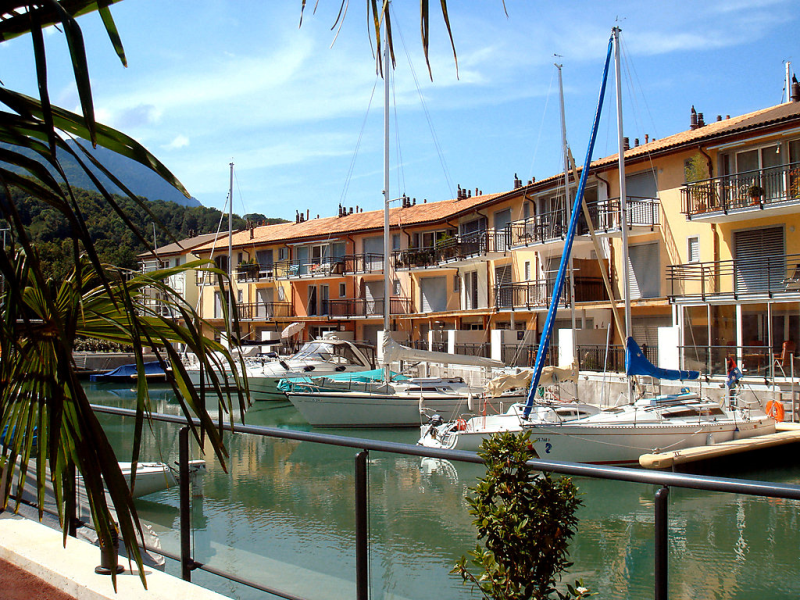 P12 1499428,Apartamento en Le Bouveret, Lake Geneva Region, Suiza para 7 personas...