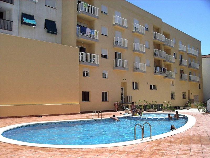 Mare nostrum 46 1499619,Apartamento  con piscina privada en Alcocéber-Alcossebre, Costa del Azahar, España para 6 personas...