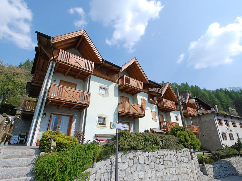 Castello 1499876,Cuarto de hotel en Pinzolo, Trentino-Alto Adige, Italia para 4 personas...