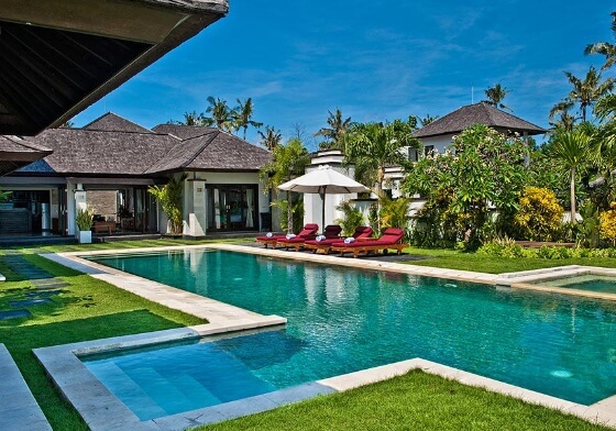 LUXURY VILLAS ON BALI