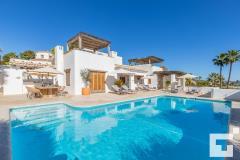 Villa herina 8