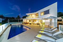 Villa aladroc 8