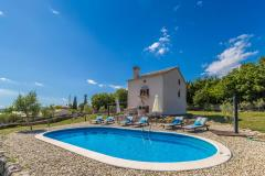 15301 wunderschöne rustikales ferienhaus mit privat pool