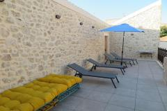 Maison chateau courtyard