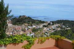 Apt singer apartamento con  magnificas vistas al mar dispone de una gran terraza y wifi esta situada en el pueblo de begur costa brava