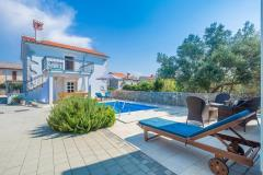Beautiful holiday house - outdoor children's playground area, private pool, stunning balcony view